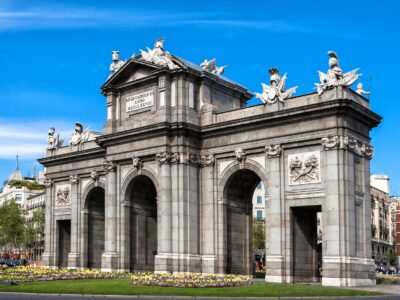 Reisgids Madrid Puerta de Alcala